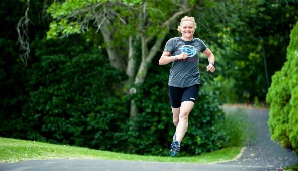 Coach Lora Erickson Blonde Runner runfun